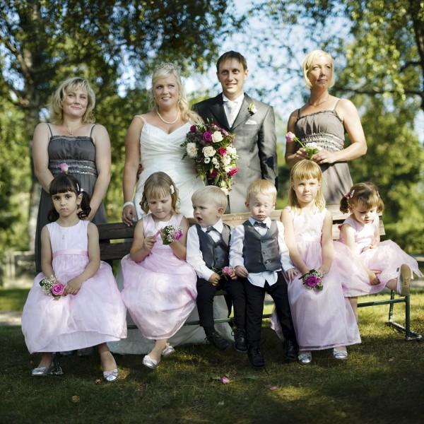 Group-2-_DSC1005__DSC1007-3-images1-600x600 bröllop